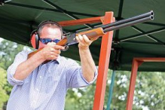 Clay-pigeon-shooting4